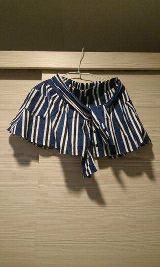 賣正韓條紋綁帶褲裙