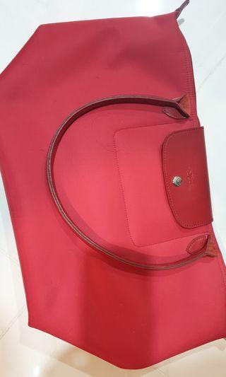 Authentic Longchamp Planetes in Garnet