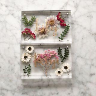 Dried flowers floral plaque