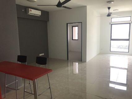 Menara Suria, V12 studio unit