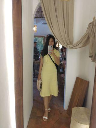 #SociollaCarousell dress kuning gading