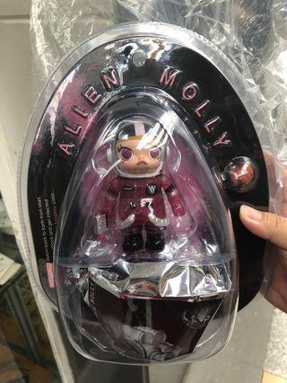 Kennyswork - Alien Molly (Pink Sapphire Version)