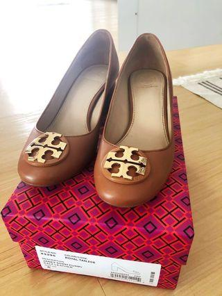 🚚 Authentic Tory Burch 50mm Pumps / Calf Leather