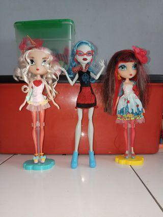 🚚 [WTS] Monster High & La Dee Dee dolls
