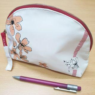 [NEW] Clarins Pouch