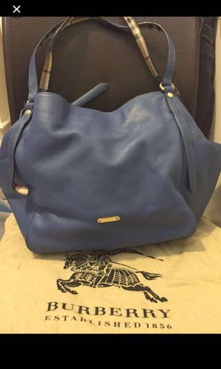 Authentic Burberry full leather shoulder bag. Seldom use excellent condition .full set with dust bag and authentic card .was bought rm4000+