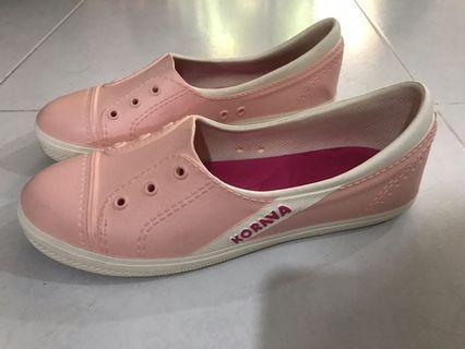 🚚 korava pink shoes