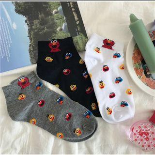 SM07 Elmo socks