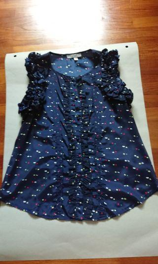 Blouse with colorful pot dots