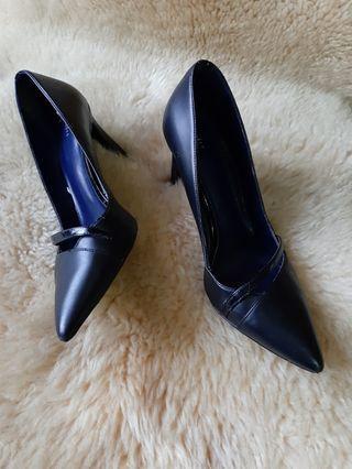 Pedro high heels