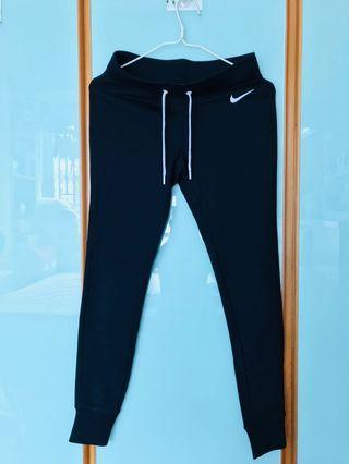 Nike運動休閒長褲