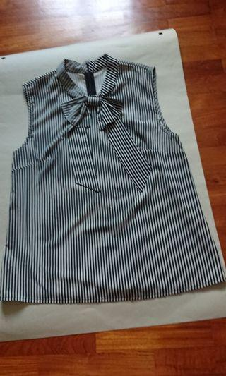Blouse Black Straight Strips