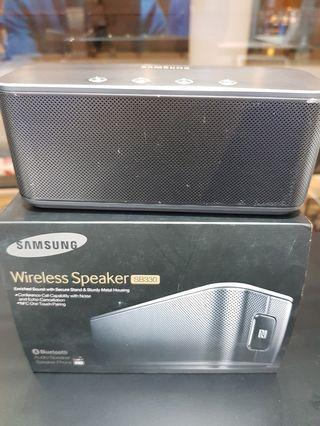 Samsung wireless Speaker SB330