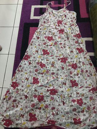 Preloved long dress bunga