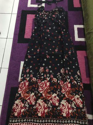 Preloved long dress pantai motif bunga