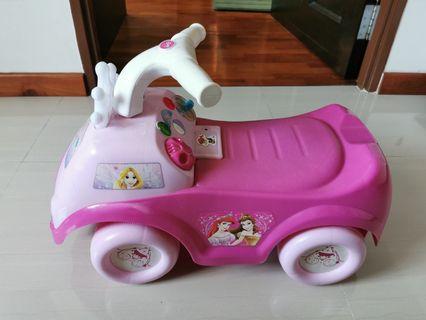 🚚 Princess ride on