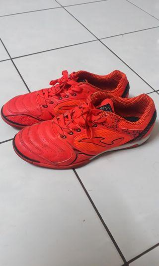 Joma Dribbling Futsal Shoes (Price Is Negotiable)