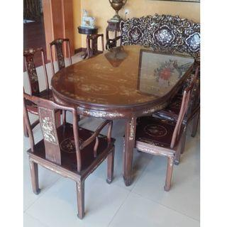 Antique Hardwood Mother of Pearl 8 seats Dining Set