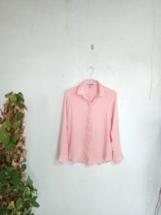 🚚 H&M質感襯衫