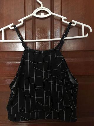 🚚 Pattern Black Crop Top