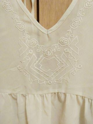 Vintage embroidery transparent sleeveless blouse