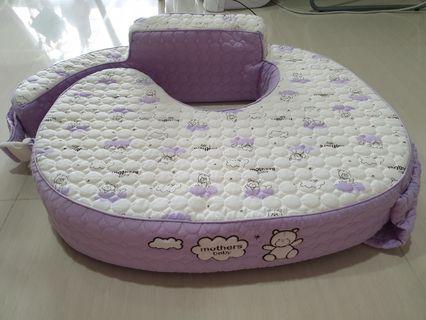 🚚 [Korean Brand] Nursing cushion