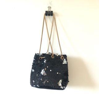 FREE NEW Sequinned Drawstring Bucket Bag
