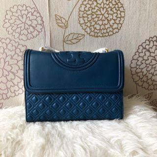 Tory Burch Fleming 27 Convertible click for colour