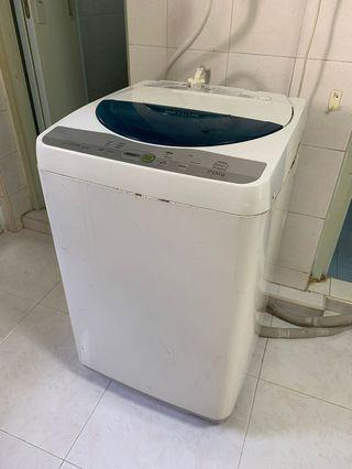 🚚 Washing machine for sale!