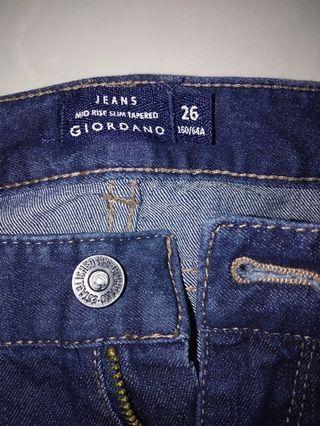 🚚 GIORDANO Jeans