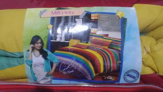 Bed Cover king size Bagus