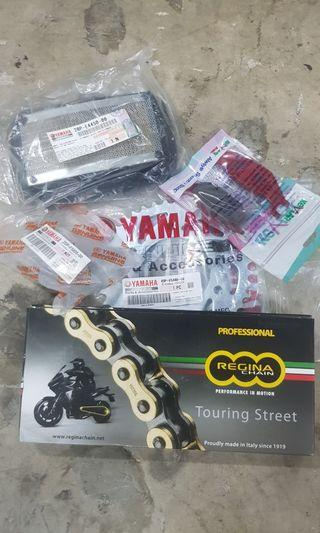 Instock Yamaha mt15 r125 xabre front sprocket set & regina heavy duty gold chain