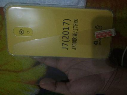SoftCase Samsung J7 Pro Free Tempered Glass