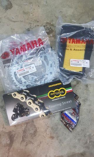 Instock Yamaha r15 v1 v2 v3 / fz16 / Sniper y15 y15zr MXKING mx-king sprocket chain set & regina heavy duty gold chain