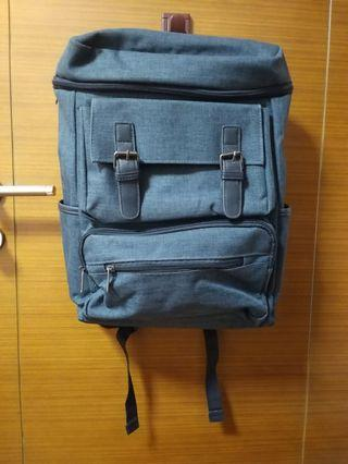 🚚 Green-Grey Backpack