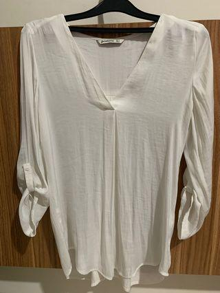 White shirt stradivarius