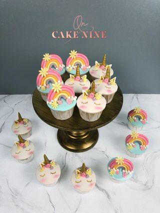 Flowery Unicorn & Rainbow Cupcakes