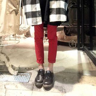 大紅色鉛筆褲