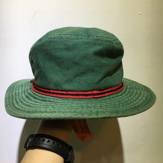 紅配綠漁夫帽