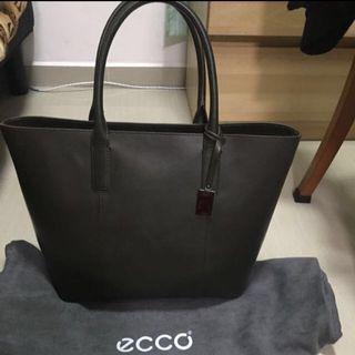 Ecco leather bag