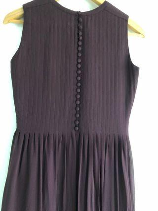 🚚 RAOUL Dark Pleated Dress ( Clearing Sales)