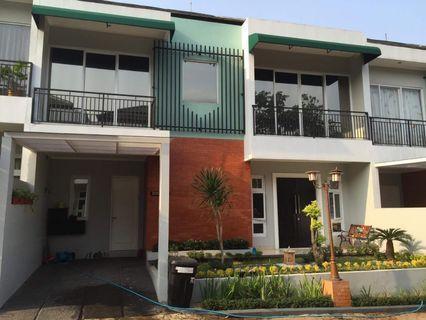 Dijual rumah 2 lantai siap huni townhouse eksklusif Jagakarsa