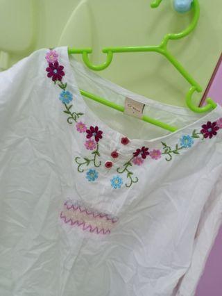 O'Kayle flora white top