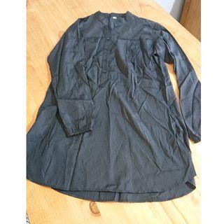 Ladies Tunic Top Black Size M $3
