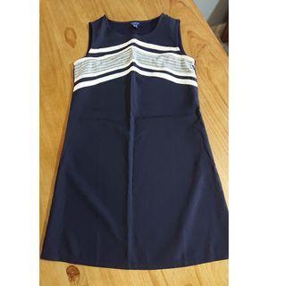 Short length dress YATCH21 Size USA 4 $10