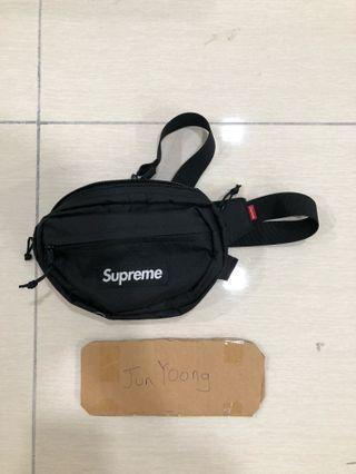 Supreme fw18 waist bag
