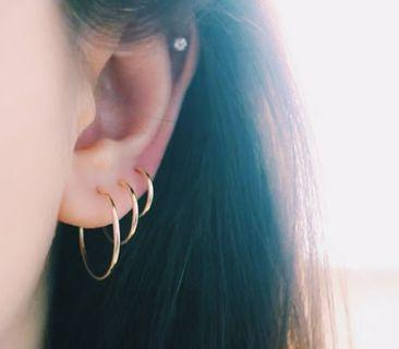 Gold small hoops earring (3 pairs)