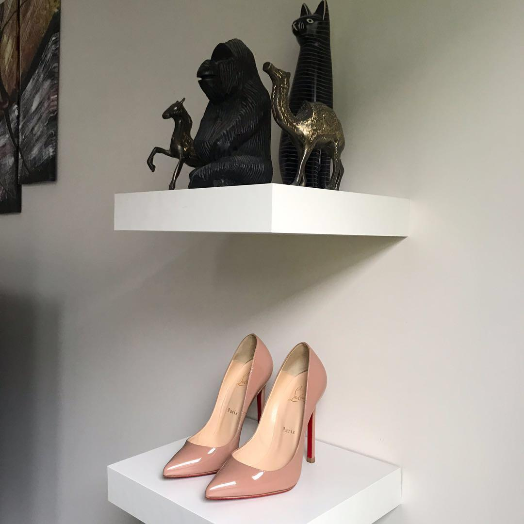 $900 Louboutin Pigalle Nude patent pumps size 36 / 6