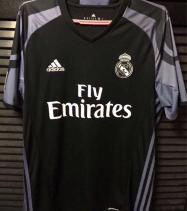 sale retailer d40a4 48757 Authentic Real Madrid 16/17 Sergio Ramos Jersey