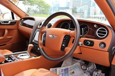 BENTLEY FLYING SPUR 2011